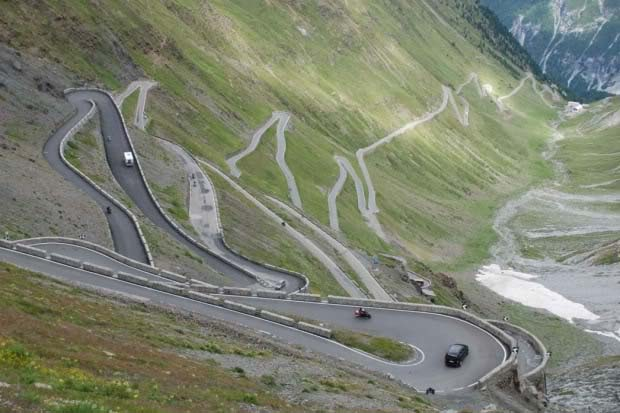 Leh-Manali-Highway-Road-trip