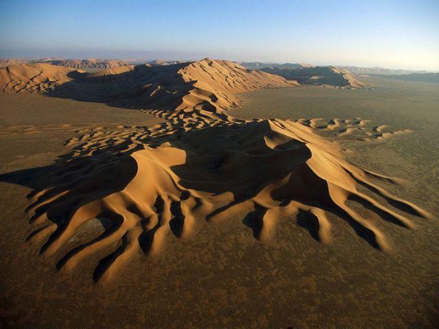 Sand dunes empty quarter